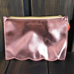 Metallic pink cosmetic/jewelry pouch